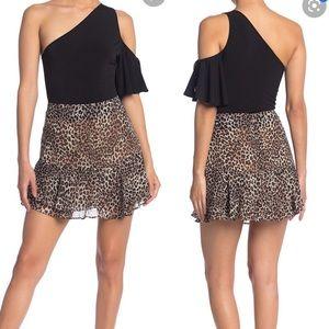 19 Cooper Cheetah Leopard Mini Ruffle Skirt Large